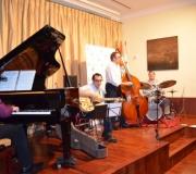 Literatura y Música en el Ateneo. Presentado el libro 'Fruta Extraña' con la interpretación musical del grupo Jazz for Fun