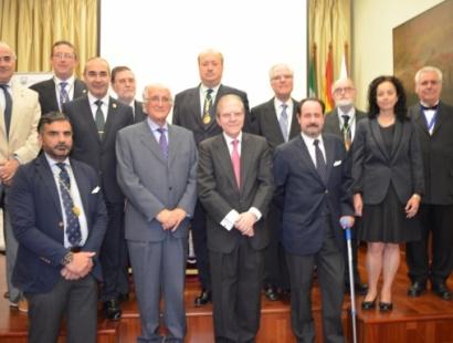 Acto de nombramiento del Dr. D. Alberto Máximo Pérez Calero como miembro de la Academia Andaluza de la Historia